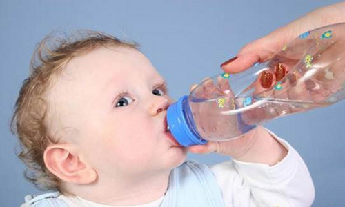 Bù dịch oresol cho trẻ thế nào cho đúng