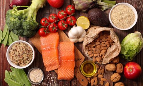 Chế độ ăn uống để hồi phục sức khoẻ cho người mắc bệnh thương hàn