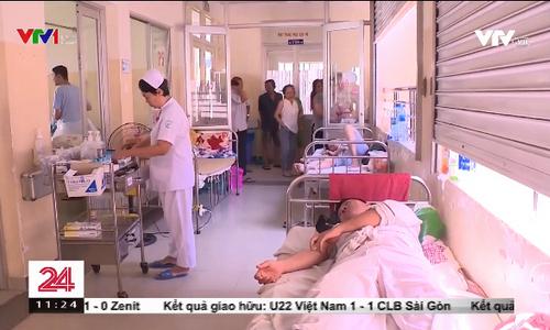 Nhiều người lớn mắc sốt xuất huyết phải nhập viện ở TP.HCM